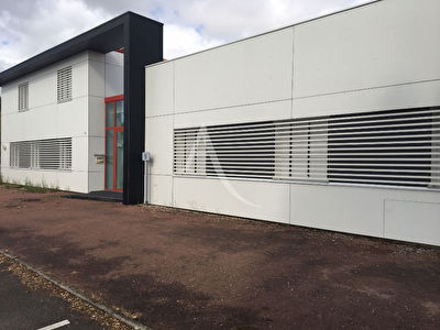 Local commercial Challans 392 m2